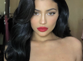 Kylie Jenner showed up without makeup in the morning