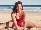 The most famous plus-size model shot in a beach photo shoot and told about cellulite