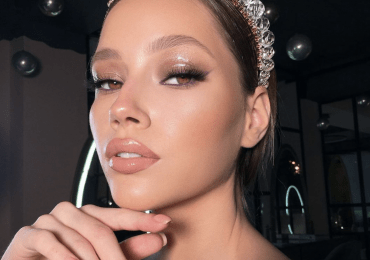 Glossy eye makeup effect: how to reproduce the fashion trend?