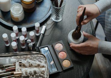 Light makeup for everyone